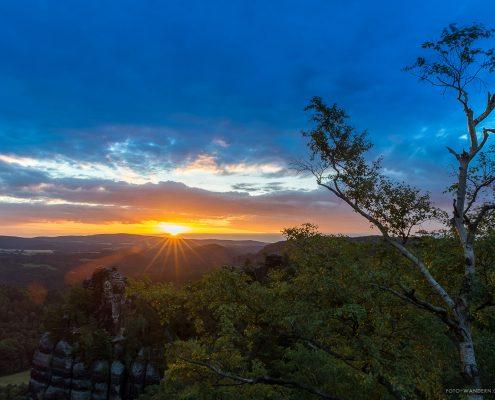Sonnenaufgang auf den Schrammsteinen