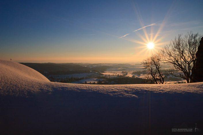 Sonnenuntergang beim Fotokurs auf der Burgruine Hohnstein im Südharz