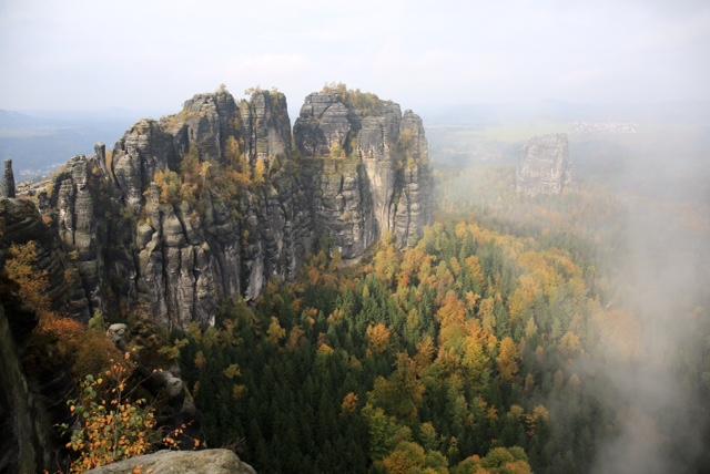 Magische Momenten beim Fotokurs Landschaftsfotografie in der Sächsischen Schweiz auf den Schrammsteinen mit Foto-Wandern.com © Mario Bussmann