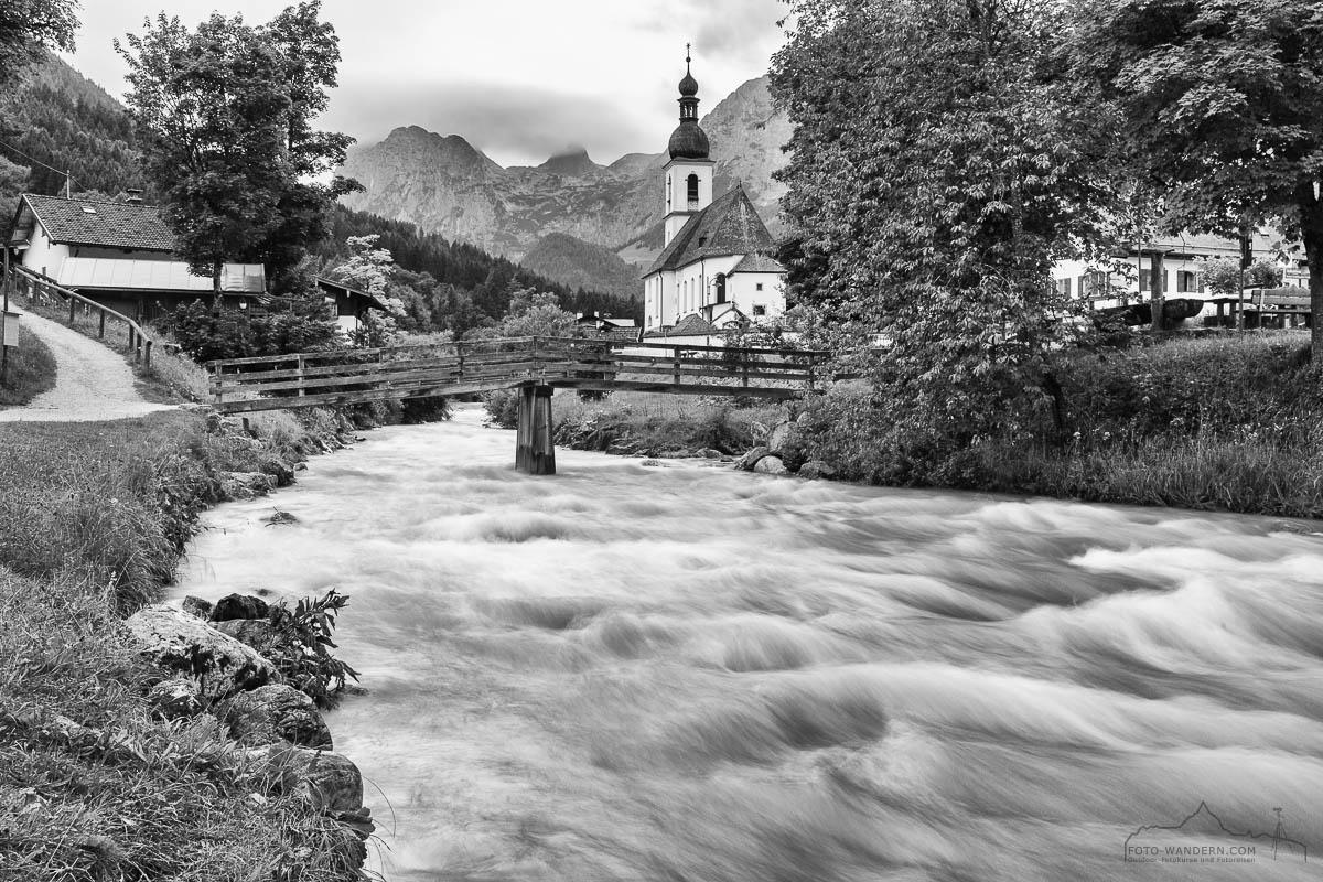 Fotokurs-Wanderwoche Berchtesgadener Land - Kirche in Ramsau-bw