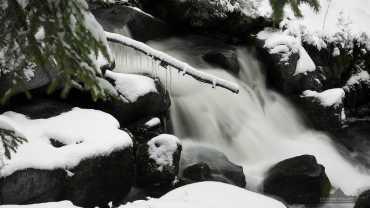 Winter an der Bode im Harz