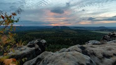 Sonnenuntergang im Elbsandsteingebirge